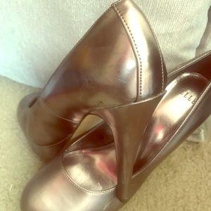 Elle Shoes size 10